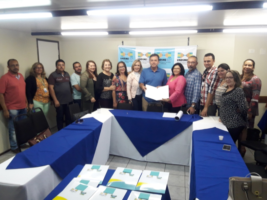 Undime no Rio Grande do Norte entrega carta ao direito a Educação aos candidatos ao governo