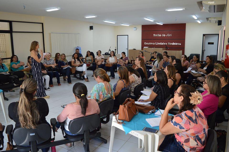 Formação Continuada chega ao módulo III para a implementação do Documento Curricular do RN e atualização/elaboração dos PPP das Escolas Potiguares